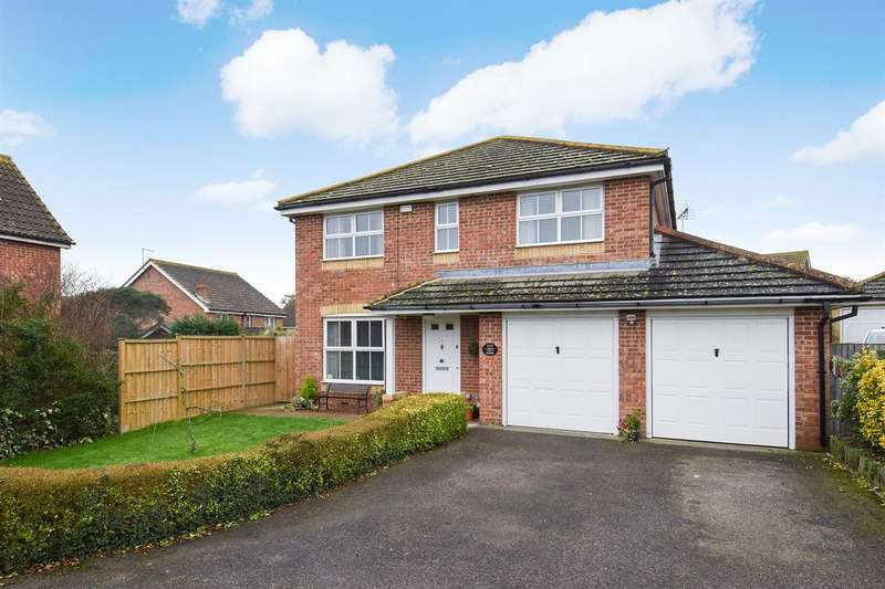 4 Bedrooms Detached House for sale in Warden Point Way, Whitstable