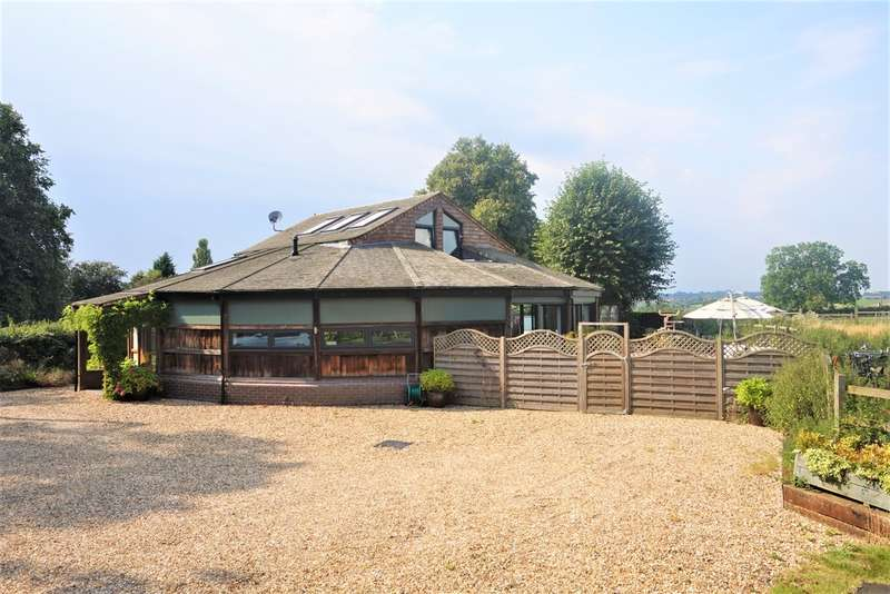 4 Bedrooms Detached House for sale in Lilbourne Road, Clifton Upon Dunsmore, CV23 0BB
