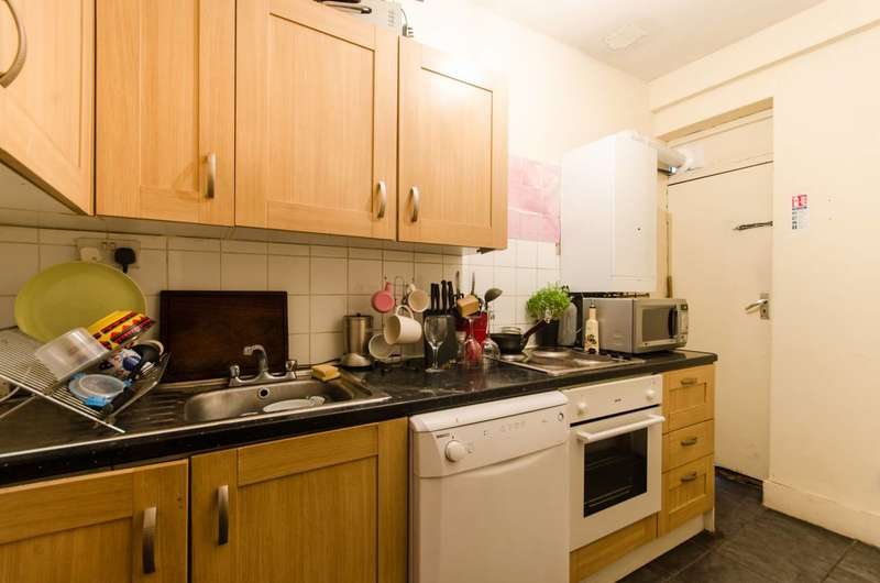 3 Bedrooms Flat for sale in All Souls Avenue, Willesden Green, NW10