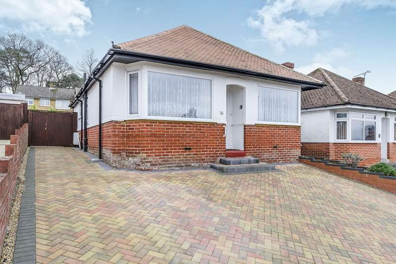 2 Bedrooms Detached Bungalow for sale in Springford Crescent, Southampton, Hampshire, SO16