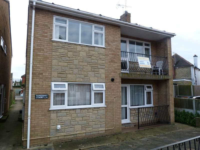 2 Bedrooms Flat for sale in Somerset Court, Osborne Road, Broadstairs, CT10
