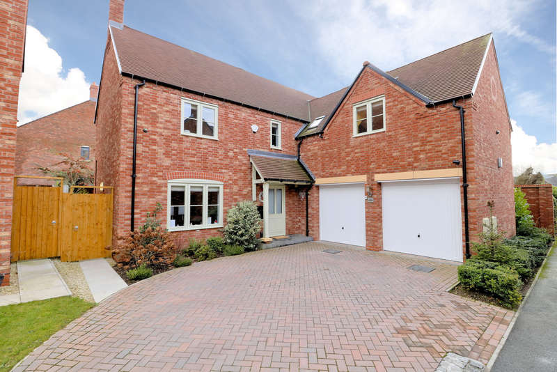 5 Bedrooms Detached House for sale in Raunstone Close, Ravenstone