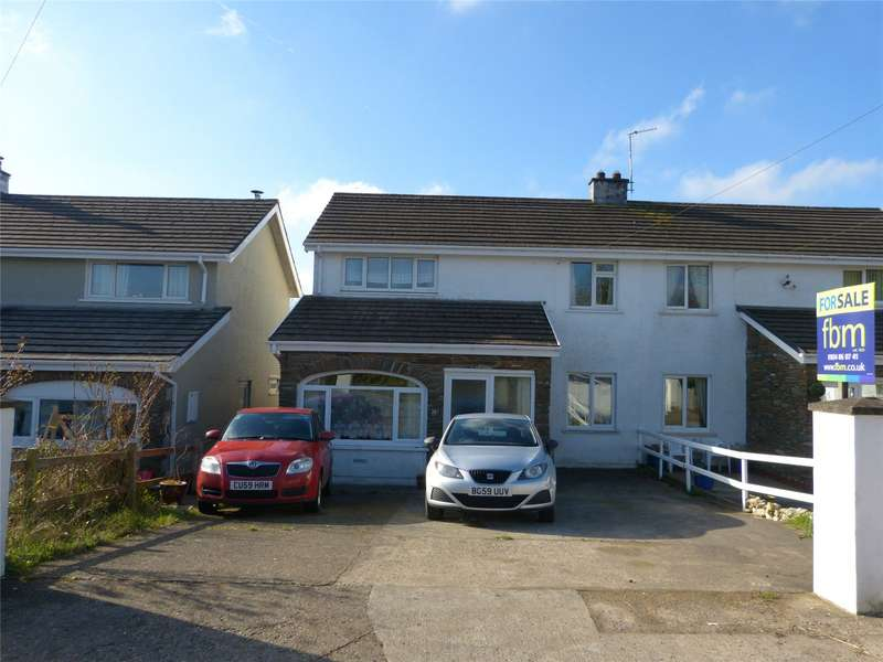 3 Bedrooms Semi Detached House for sale in Carreglwyd, Brynhyfryd, Llandissilio, Clynderwen
