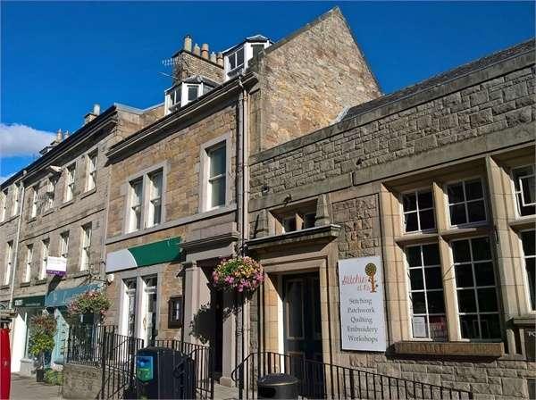 3 Bedrooms Maisonette Flat for sale in RETAIL UNIT AND MAISONETTE, 39 High Street, Jedburgh, Scottish Borders