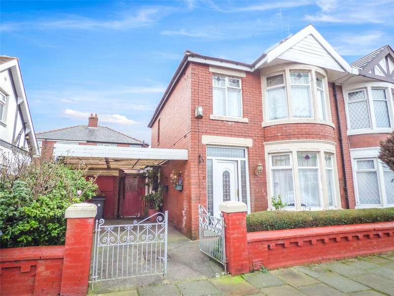 3 Bedrooms Semi Detached House for sale in Caledonian Avenue, Layton, Blackpool