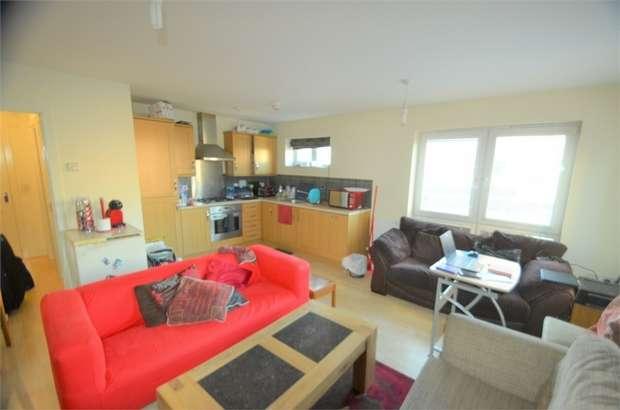 2 Bedrooms Flat for rent in Jupiter Court, Cameron Crescent, Edgware