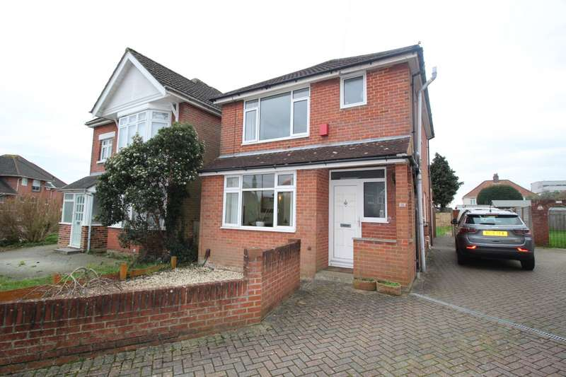 3 Bedrooms Detached House for sale in Rownhams Road, Southampton, Hampshire, SO16