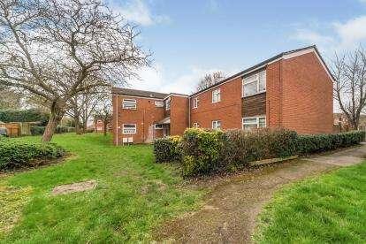 1 Bedroom Flat for sale in Torquay Crescent, Stevenage, Hertfordshire, England