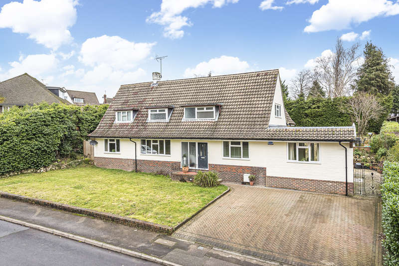 5 Bedrooms Detached House for sale in Chipstead Park, Sevenoaks