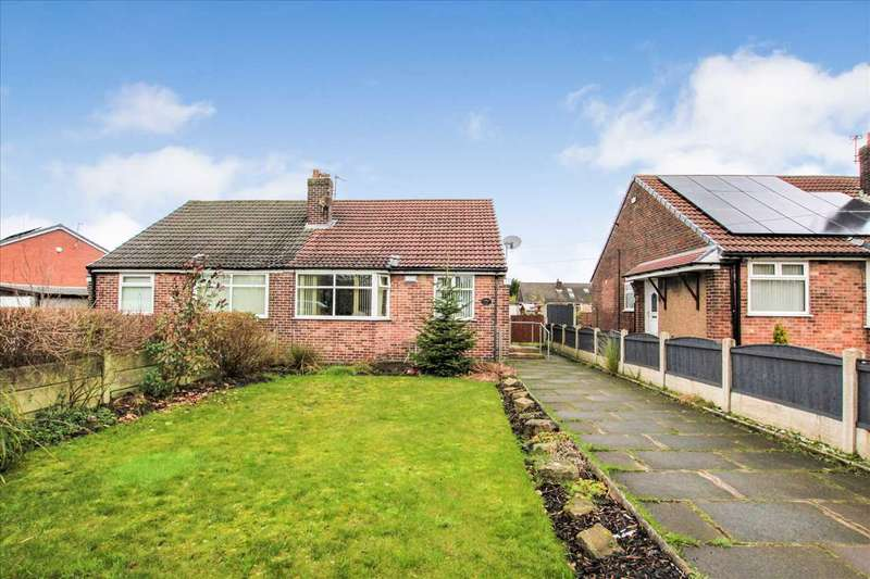 2 Bedrooms Bungalow for sale in Wigan Road, Bolton
