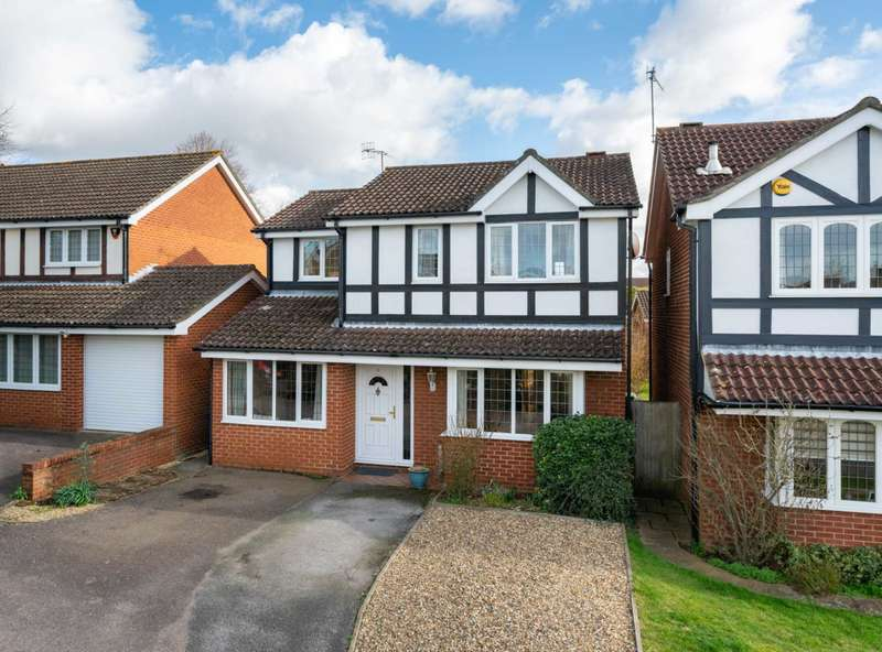 4 Bedrooms Detached House for sale in DETACHED FAMILY HOME IN HP1, Over 1200 Sq Ft, CLOSE TO STATION