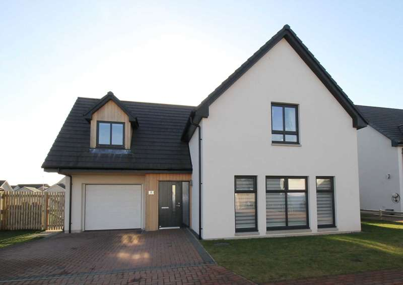 4 Bedrooms Detached House for sale in Carron Street, Nairn