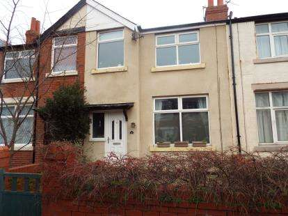 3 Bedrooms Terraced House for sale in Kendal Road, Lytham St Anne's, Lancashire, FY8