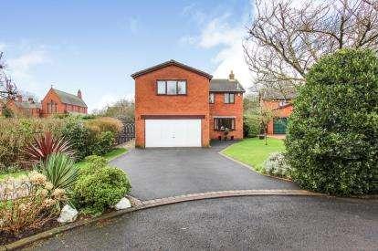5 Bedrooms Detached House for sale in Chapel Close, Wesham, Preston, PR4