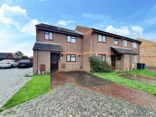 3 Bedrooms End Of Terrace House for sale in Keith Close, Gosport, Hampshire