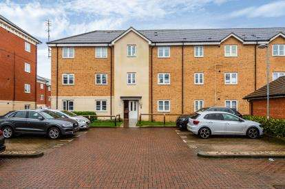 2 Bedrooms Flat for sale in Stubbs Court, Dodd Road, Watford, Hertfordshire