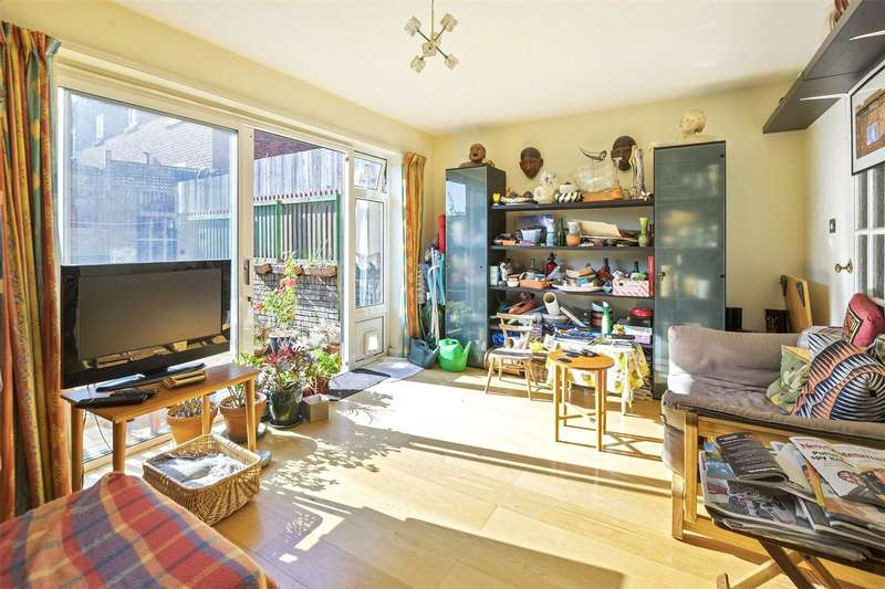 2 Bedrooms House for sale in Beattock Rise, Muswell Hill, London, N10