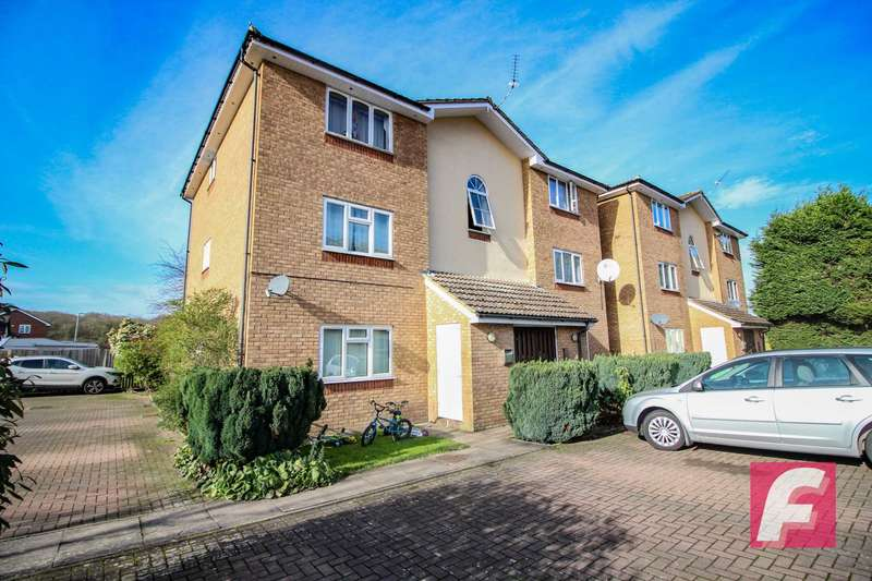 2 Bedrooms Flat for sale in Turnberry Court, South Oxhey, WD19