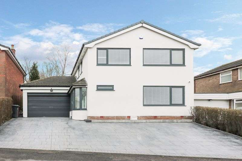 4 Bedrooms Property for sale in Ashborne Drive, Summerseat, Bury, BL9