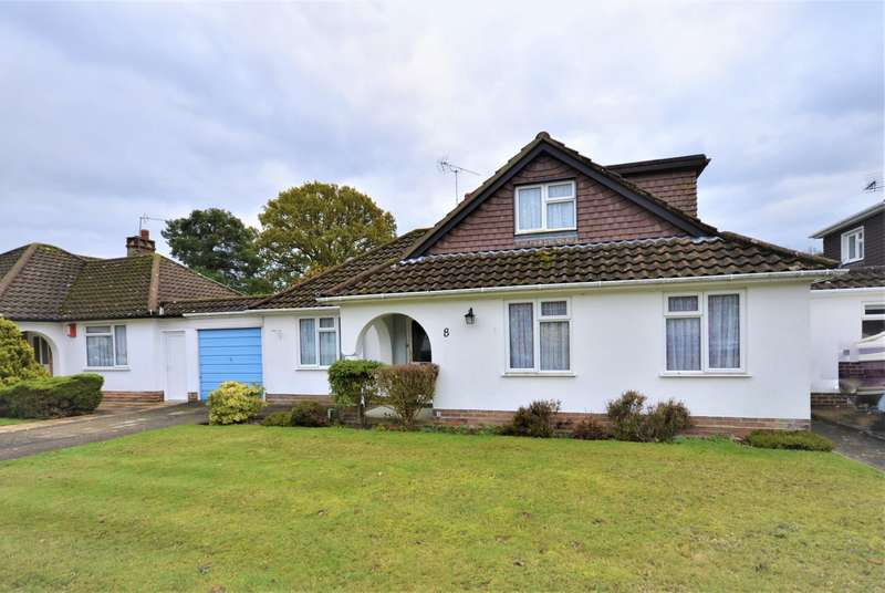 3 Bedrooms Chalet House for sale in Moorhill Gardens, Southampton, SO18