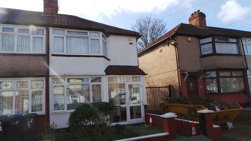 2 Bedrooms Property for sale in Oaklands Avenue, Edmonton, London, N9