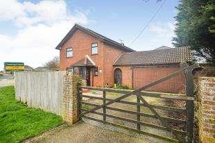 4 Bedrooms Detached House for sale in Vinelands, Lydd, Romney Marsh, Kent