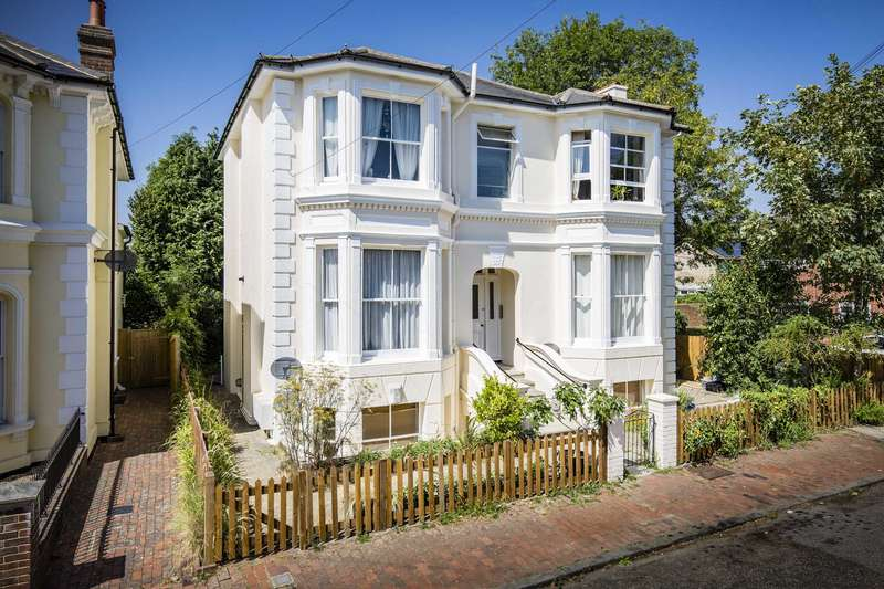 1 Bedroom Apartment Flat for sale in Garlinge Road, Southborough, Tunbridge Wells