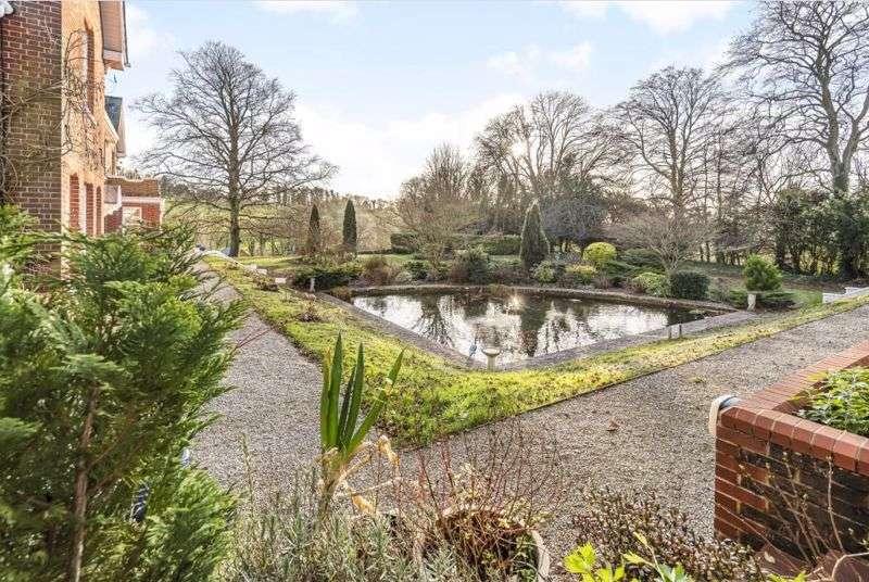 1 Bedroom Property for sale in Little Dean Court, Winton Hill, Stockbridge, SO20