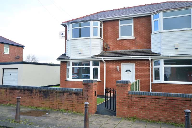 2 Bedrooms Semi Detached House for sale in Worcester Road, Marton