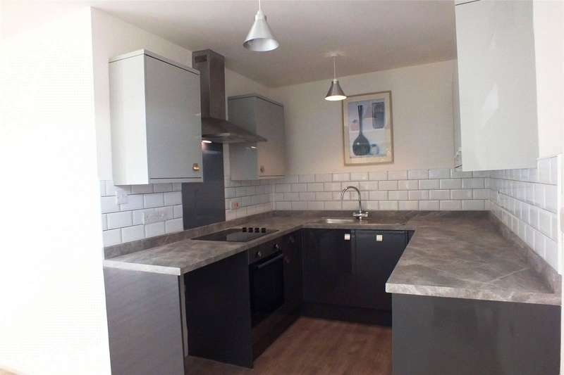 2 Bedrooms Flat for sale in Flat 19, Coedrath Park, Saundersfoot, Pembrokeshire