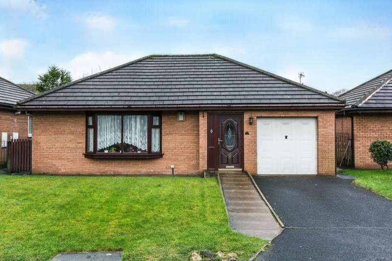 2 Bedrooms Detached Bungalow for sale in Southbrook Grove, Bolton, BL3