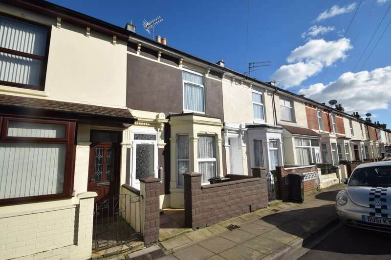 2 Bedrooms Terraced House for sale in Carnarvon Road, Portsmouth, PO2