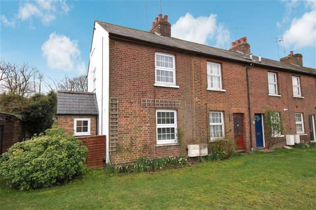 2 Bedrooms House for sale in Luton Road, Harpenden