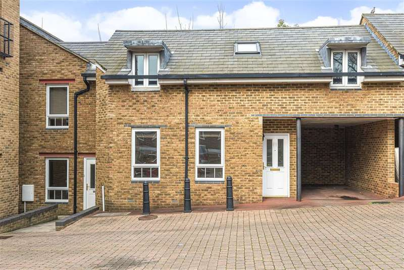 2 Bedrooms Mews House for sale in Estuary Reach, Pleasant Row, Gillingham