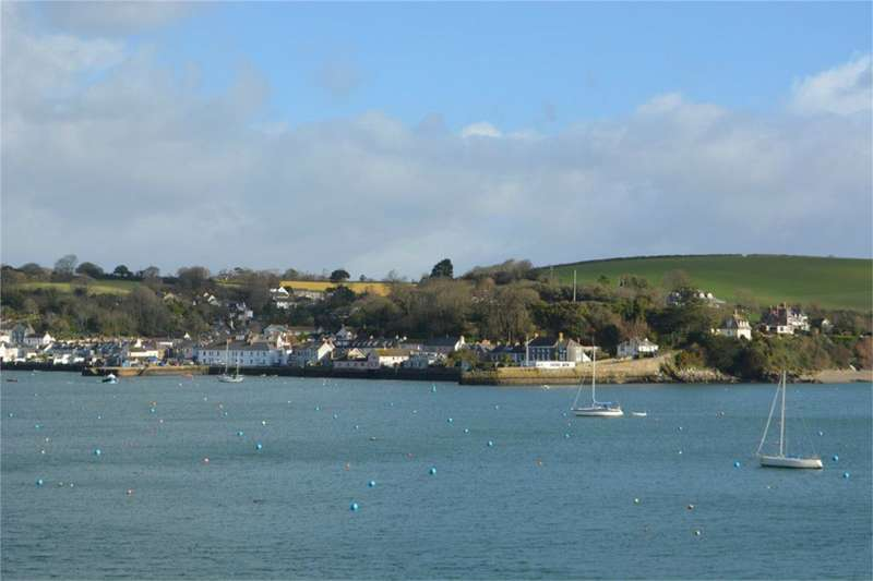 3 Bedrooms Cottage House for sale in The Packet Quays, Falmouth, Cornwall