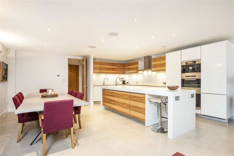 6 Bedrooms End Of Terrace House for sale in Queensmere Road, London, SW19