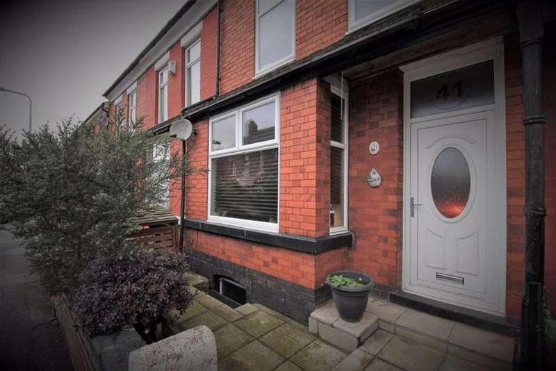 3 Bedrooms Terraced House for sale in Barlow Road, Levenshulme, Manchester