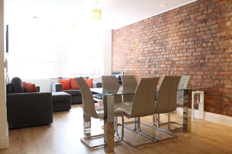 2 Bedrooms Flat for rent in Canal Street, Manchester