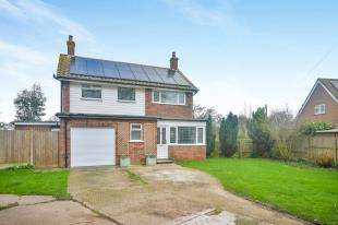 3 Bedrooms Detached House for sale in North Street, New Romney, Kent, .