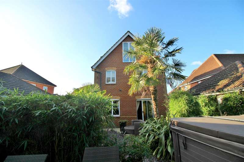 6 Bedrooms House for sale in Chelsea Gardens, Church Langley, Harlow