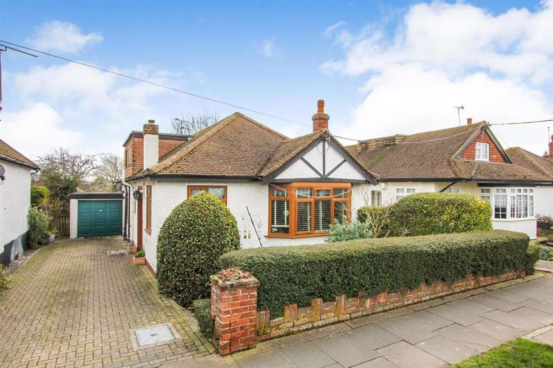 4 Bedrooms Detached Bungalow for sale in Kemp Road, Tankerton, Whitstable