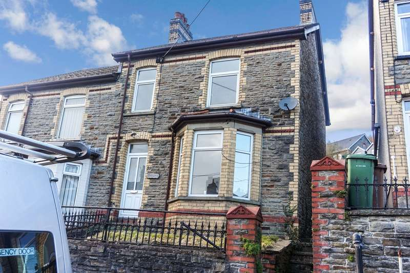 4 Bedrooms Semi Detached House for sale in Islwyn Street, Abercarn, Newport, NP11