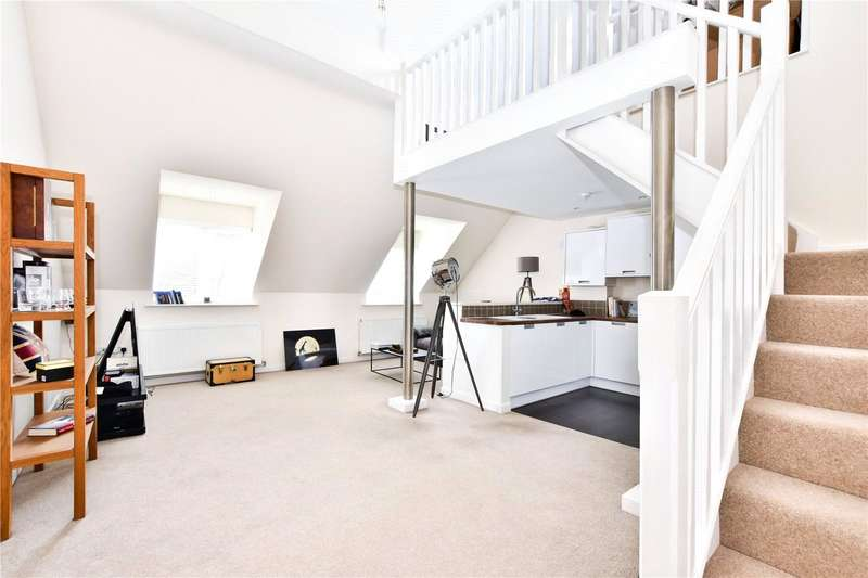1 Bedroom Flat for sale in Lower Road, Chorleywood, Hertfordshire, WD3