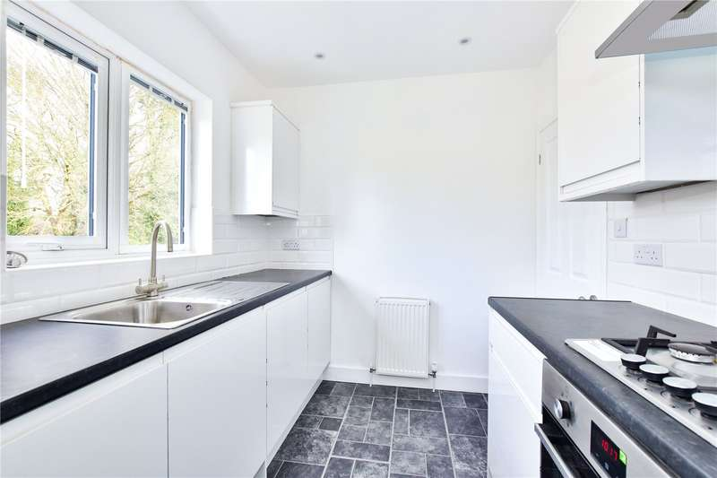 2 Bedrooms Maisonette Flat for sale in West Way, Rickmansworth, Hertfordshire, WD3