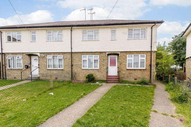 2 Bedrooms Maisonette Flat for sale in Homefield Close, Brent Park, London NW10