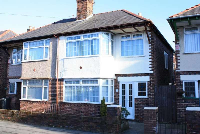 3 Bedrooms Semi Detached House for sale in Mersey Road, Crosby