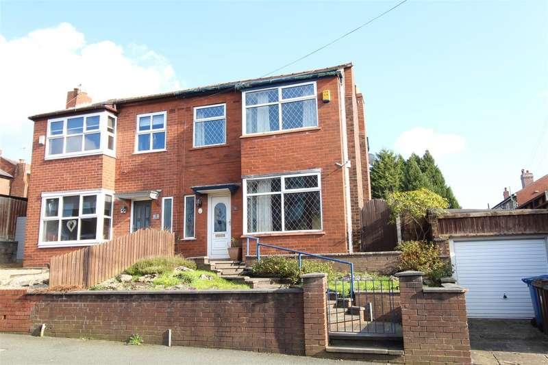 3 Bedrooms Semi Detached House for sale in Queensway, Swinley, Wigan