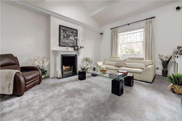 2 Bedrooms Apartment Flat for sale in Hill Road, St John's Wood, London, NW8