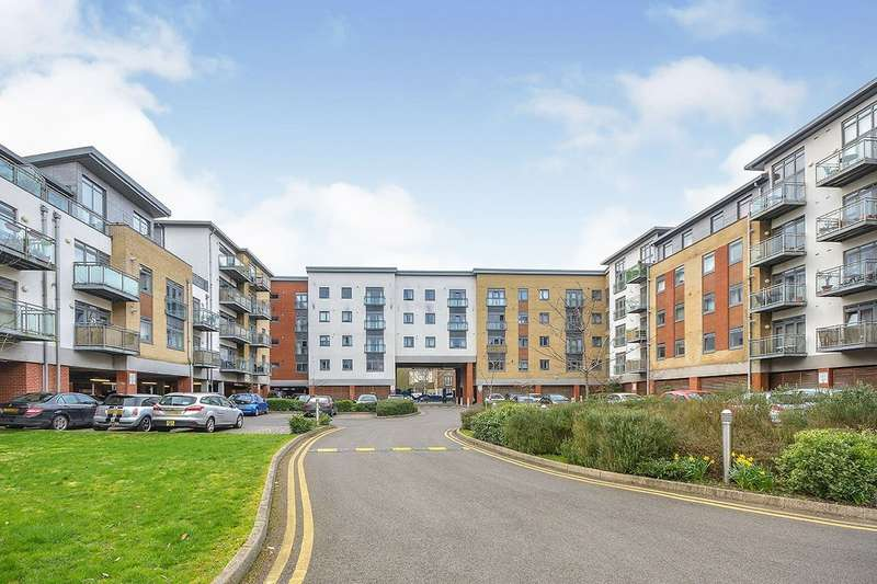 1 Bedroom Apartment Flat for sale in Wallis Place, Hart Street, Maidstone, Kent, ME16