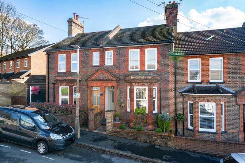 2 Bedrooms House for sale in TRULY STUNNING CHARACTER HOME IN OLD TOWN